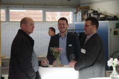 Dirk Feuser vom Busvertrieb Feuser und Stefan Bodechtel im Gespräch